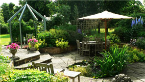 plant diversity within a landscaped garden